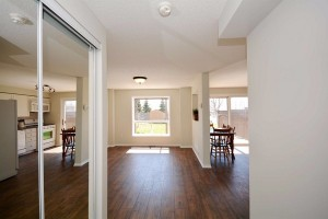 Buy a good quality real estate investment property toronto 7